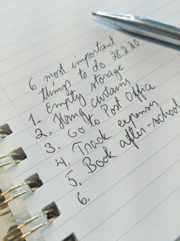 Making up a list of six most important things to do (on paper or digitally) helps you focus your thoughts and improves time management.