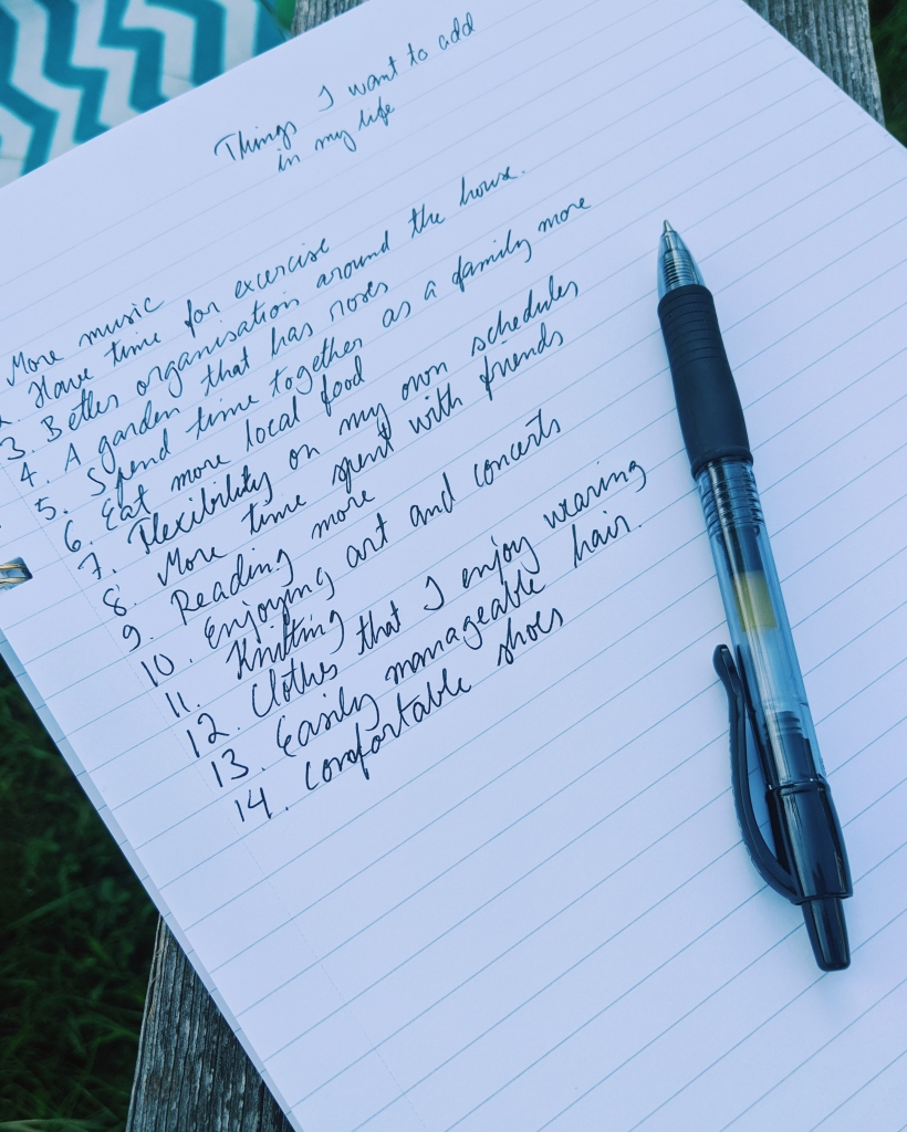 After finishing the excercise you can clarify your vision by making a list of 100 things you want to add in your life.